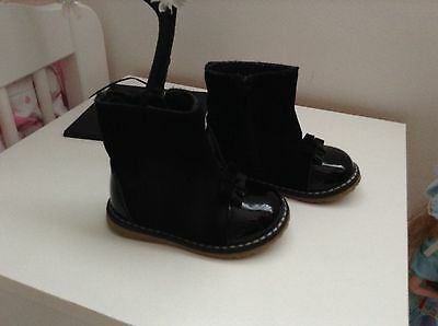 Baby Girls Size 4 Infant Leather Boots