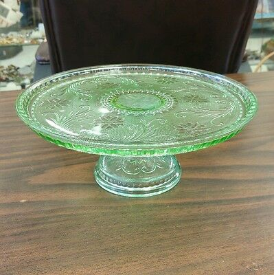 Beautiful Indiana Glass Chantilly Green Glass Pedestal Cake Stand - Never Used