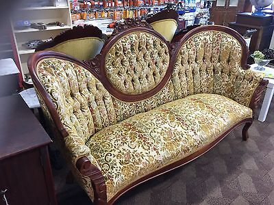 reproduction victorian settee