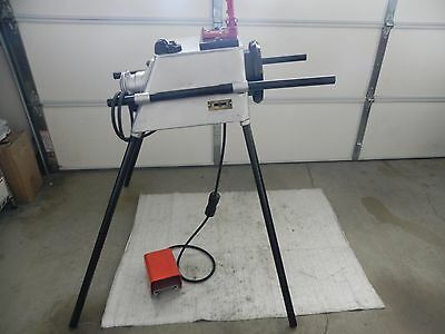 Oster Electric Pipe Threading Machine W. Vise. Ridgid 300,700,535 Greenlee Nice