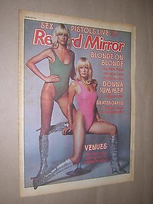RECORD MIRROR. JULY 30th 1977. MUSIC MAGAZINE. DONNA SUMMER COLOUR POSTER