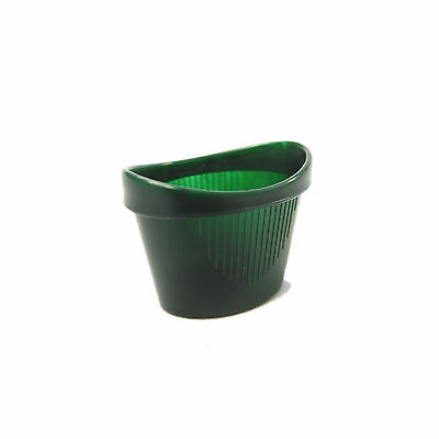 CMS Medical One Size Easy Grip Non Spill Curved Plastic Green Eye Wash Bath Cup