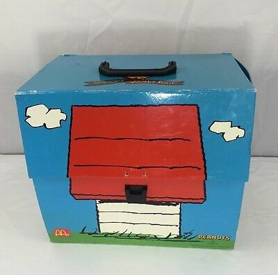 Peanuts Snoopy McDonald's Collectible 1998 Figures World Tour Part 1 Set of 28