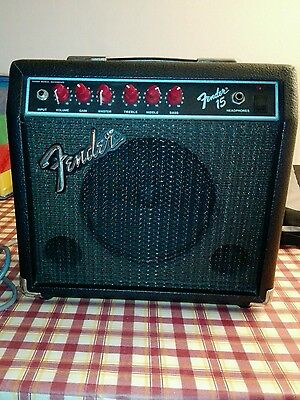 amplificatore fender 15 red knobs