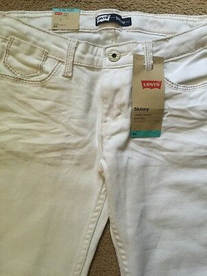 Girl's Levi's size 12 R White Skinny adjustable waist / Stretch  jeans. NWT's ��