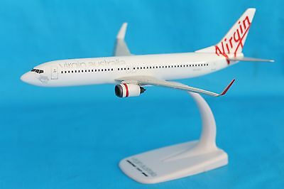 Genuine Virgin Australia Boeing 737-800 Aeroplane  1:200 Scale 19cm Long Plane