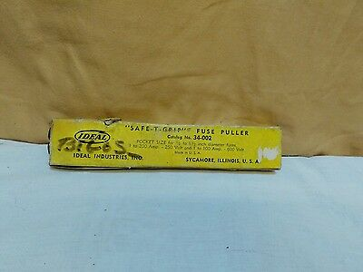 Ideal Safe-T-Grip Fuse Puller Lot 34-002