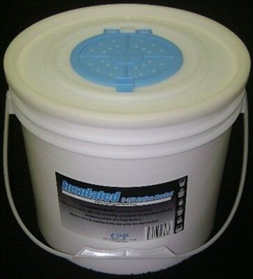 Challenge Plastics 50327 Insulated Bait Bucket with Lid 3.5 Gallons