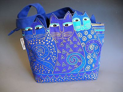Laurel Burch Purse Fun Casual Three Cat Design Purple Blue Purse Zipper Closure