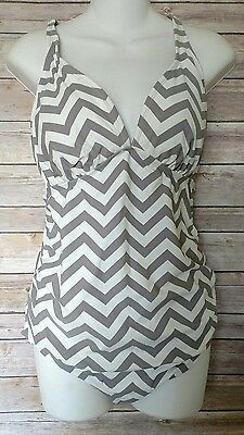 Liz Lange Maternity One Piece Swimsuit Sz Large Chevron Print NEW