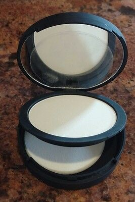 NEW IT Cosmetics BYE BYE PORES Airbrush Silk Pressed Finishing Powder NOBOX Full