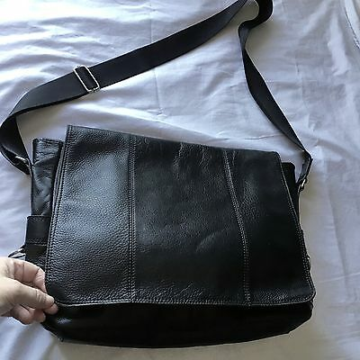 Large Fossil Black Pebble Leather Flap Briefcase Cross Body Messenger Bag