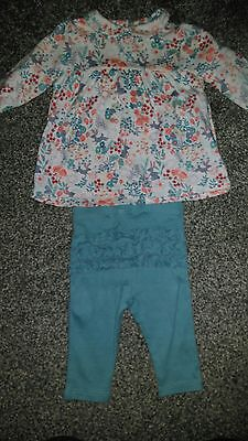 baby girl outfit top and leggings marks and Spencer size 3-6 months