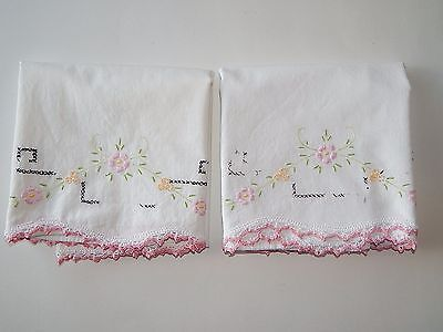 Vintage Seemless 100% Cotton Pillowcases with Pink Flowers Crochet Trim Pair
