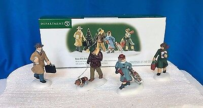 Dept 56 CIC ~ Busy City Sidewalks ~ Set of 4 - - Mint In Box 58955
