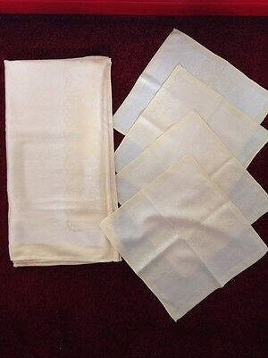 Set Of Vintage Table Cloth And 4 Table Napkins
