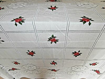 """PRETTY LARGE WHITE POLYESTER SPANISH LACE RECTANGLE TABLECLOTH~56"""" x 76""""~ ROSES"""