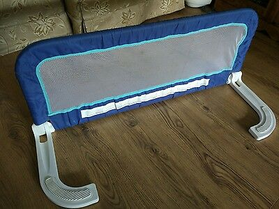 Children's bed safety guard