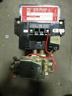 Square D 8903-S0D11, 100 Amp 3 Pole Mechanically Held Lighting Contactor