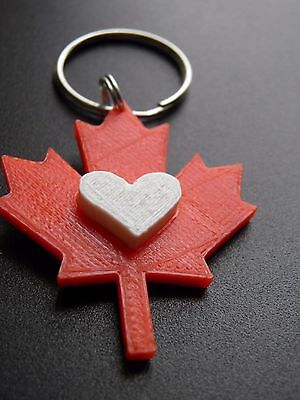 Maple leaf with removeable heart keychains pack of 10