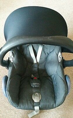 Maxi-Cosi Cabriofix Car Seat in Sparkling Grey
