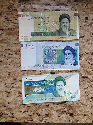 100,000 (100000) and 20,000 and 10,000 Rials Persian Unc paper money currency