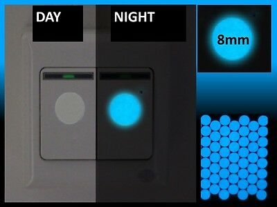 100 x 8mm Luminescent Blue Glow in the Dark Vinyl Light Switch Round Stickers