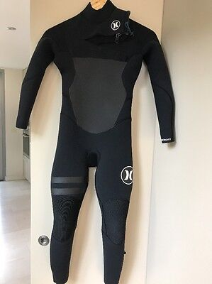 boys wetsuits Size 10