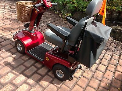 AMAZING CONDITION - Scooter