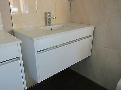 900mm gloss white bathroom Stone Top wall hung vanity