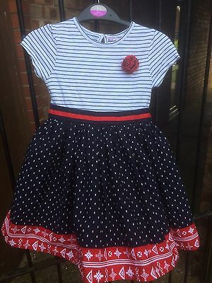 Lovely Little Girl's Dress 4-5 Years