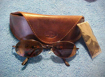 NEW FOSSIL Brown Leather TRIANGLE Sunglasses Case & Rag  & GLASSES