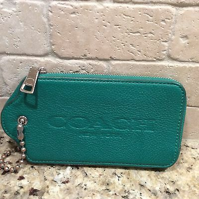 Coach Wristlet, Green Leather, Great Condition