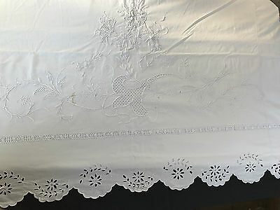 Grand Drap Ancien Fleurs Brodés Main/452M20/large Old Hand Embroidered Sheet