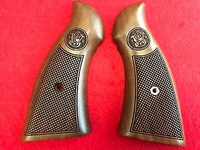 Smith & Wesson N Frame Magna Grips New - Walnut Checkered Factory