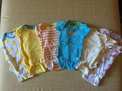 Baby girls  3-6  month clothing lot of 6 piece gerber brand