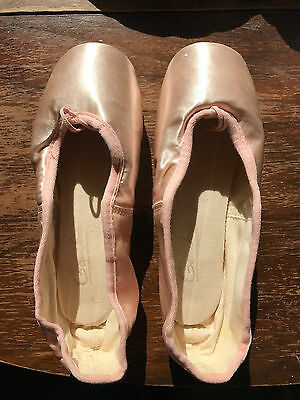Pink Gamba Pointe Shoes New Size 4 1/4 X