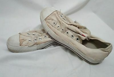 Thrashed White Converse all star chuck taylor Low Top (Mens 6 Womens 8)