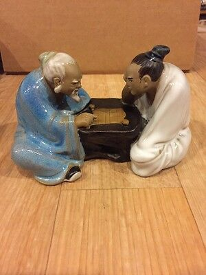 """Vintage Two Japanese Men Playing Checkers Clay Figurine 3.5"""" Tall 5.6"""" Wide 332"""