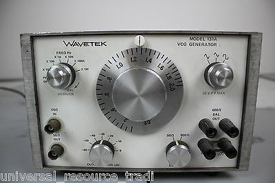 Wavetek 131A VCG Voltage Controlled Signal Generator Lab Laboratory Engineering