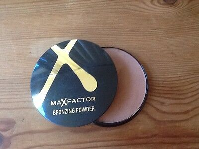 Max Factor Bronzeing Powder 02 New And Sealed