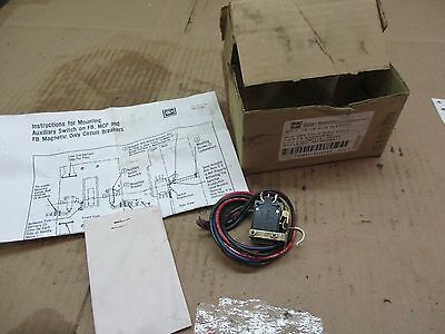 Cutler-Hammer 1A-1B Aux Switch #515706T Style#4979D06G17 Rh.2&3Pole New In Box