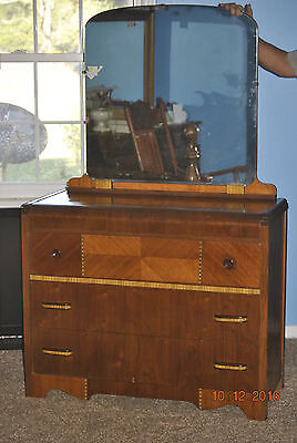 Mid Century Solid Waterfall Style Dresser with Mirror LOCAL PICK UP ONLY TN