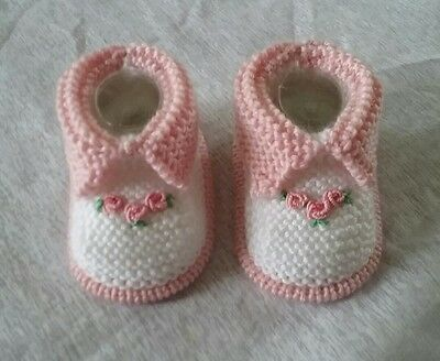 sweet hand knitted baby girl booties shoes new 0-3 months