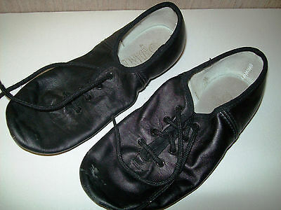 Dance Time girl's dance shoes black size 2 1/2