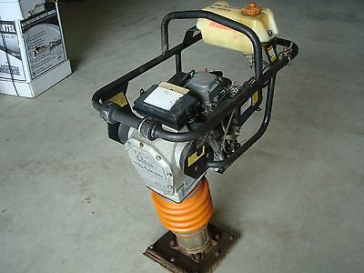 Mikasa-MT-74F RAMMER TAMPER JUMPING JACK COMPACTOR used WORKS FINE