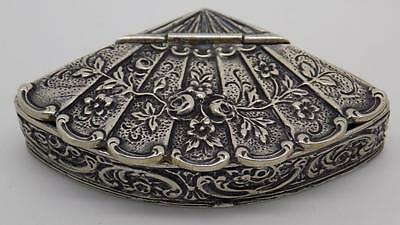 Vintage Solid Silver Pill / Snuff Box w/t Roses Decoration - Stamped - Italian