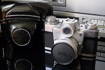 ZEISS CONTAREX BULLSEYE 35mm CAMERA WITH CARL ZEISS DISTAGON 35/4 WITH CASE.