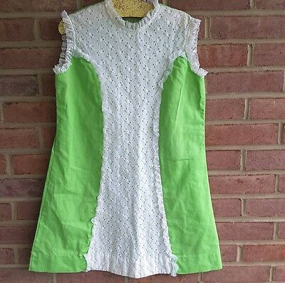 Vintage Mod 60's sleeveless summer dress lime green size 8 - 10