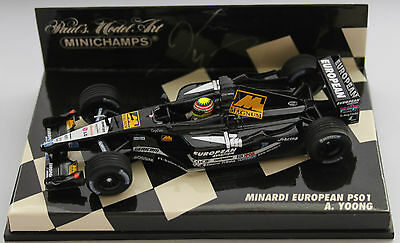 Alex Yoong Minardi PS01 1:43rd Scale Model  *Signed*